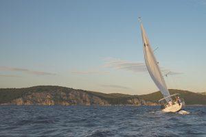 sailing-691802_640