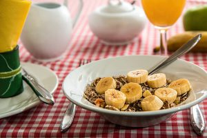 Cereal with bananas